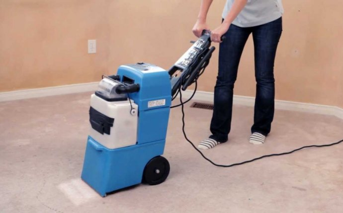 Carpet cleaning machine Rental in Home Depot